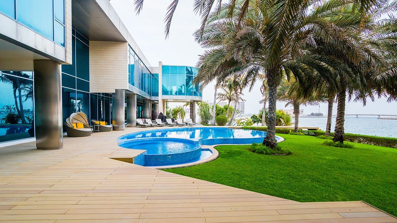 Signature Villas by Nakheel in Palm Jumeirah, Dubai.
