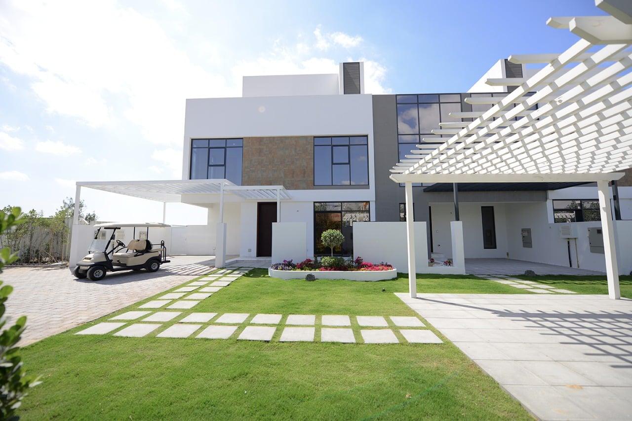 Jumeirah Luxury in Jumeirah Golf Estates by Jumeirah Luxury Living, Dubai. Premium townhouses for sale in Dubai