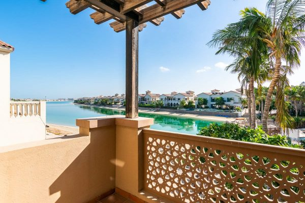 Canal Cove Villas by Nakheel in Palm Jumeirah, Dubai.