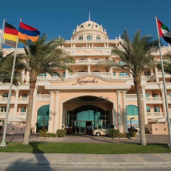resort-building-landmark-palace-960x960